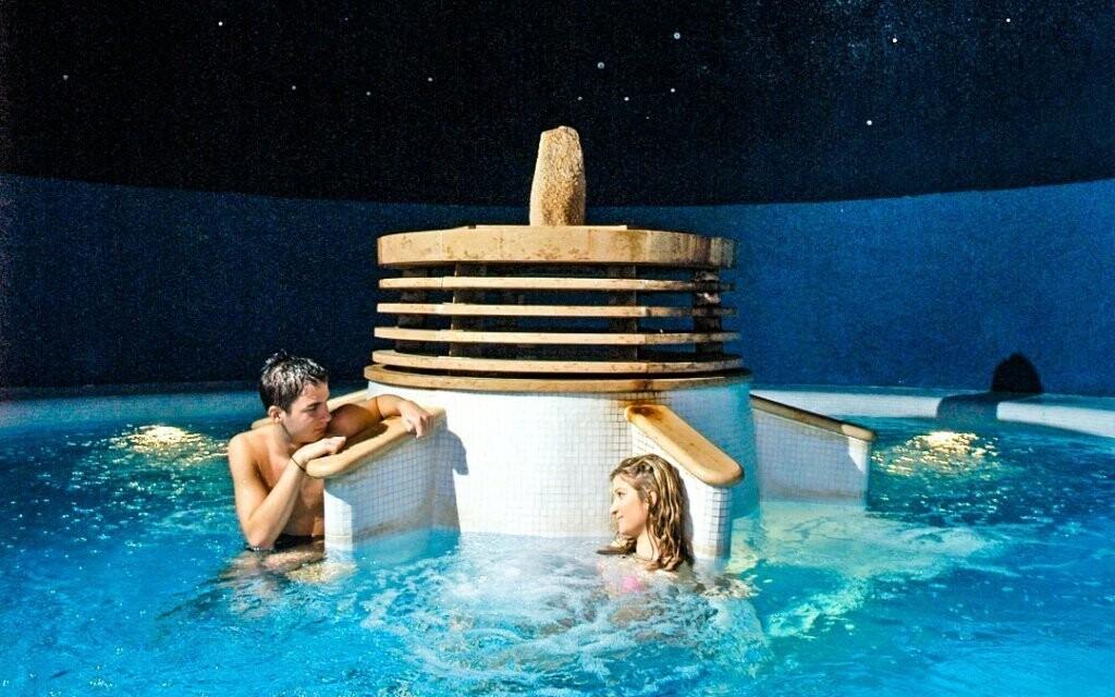 Termálne kúpele Miskolctapolca sú veľmi obľúbené