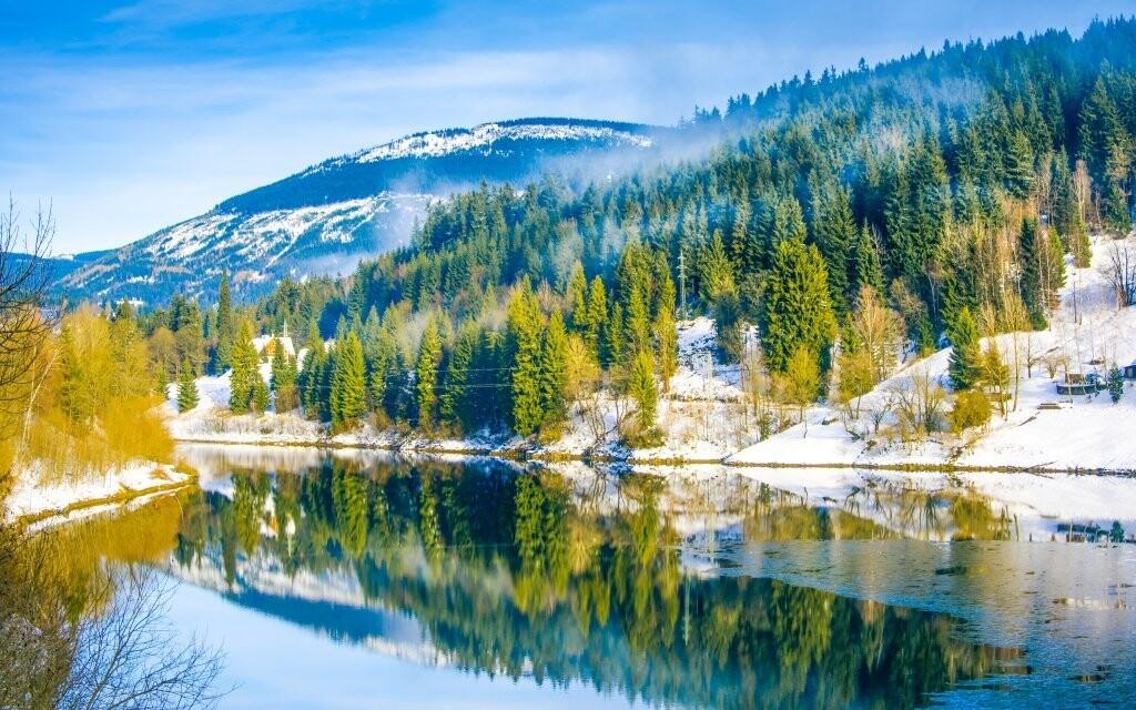 Užite si zimu v Krkonošiach
