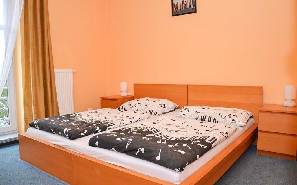 Pokoje jsou pohodlné a čisté