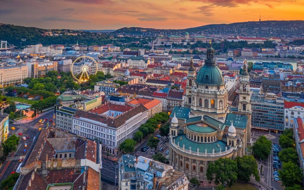 Hotel se nachází v centru Budapešti