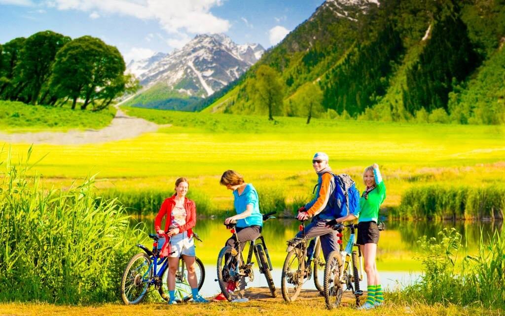 Cykloturistika, Alpy, Rakousko