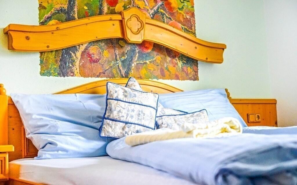 Dvojlôžkové izby sú krásne zariadené