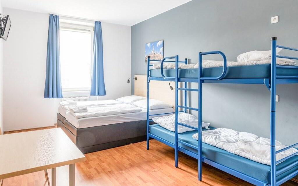 Ubytujte se ve standardním či rodinném pokoji v A&O Wien
