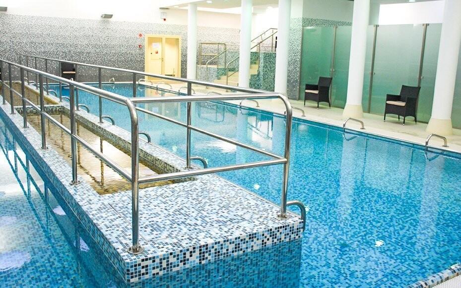 Kúpele Veli Bej ležia hneď vedľa hotela