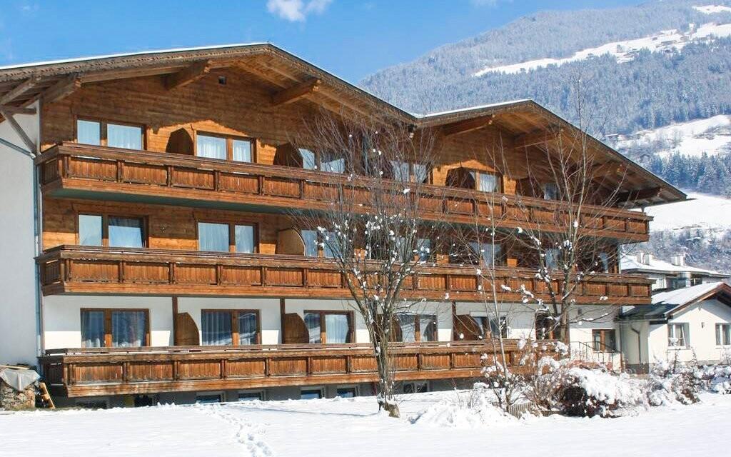 Hotel Zillertal leží v Zillertalskom údolí v Tirolsku