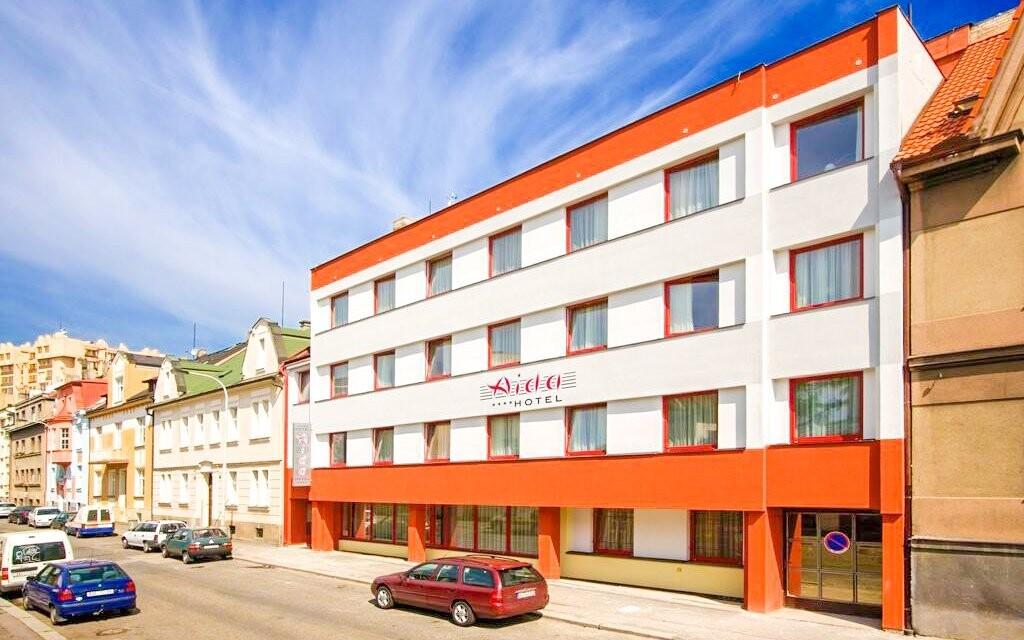 Hotel Aida **** stojí len 15 minút metrom od centra