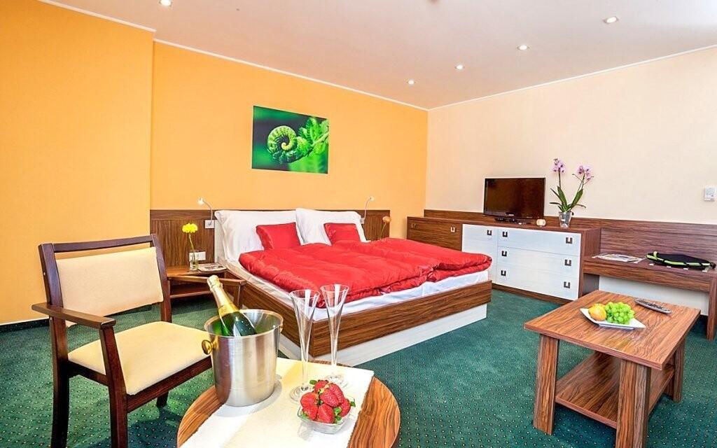 Pokoje jsou zařízeny tak, aby si hosté perfektně odpočinuli