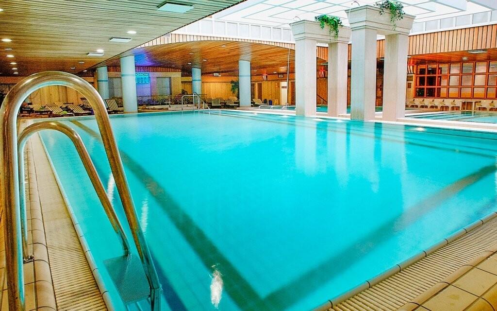 Těšte se na parádní odpočinek v bazénech