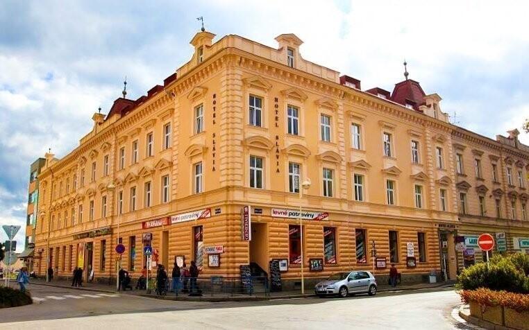 Hotel Slávia nájdete priamo v historickom centre