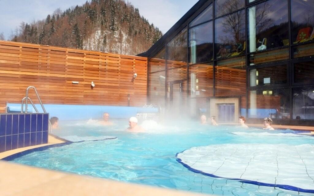 Termálne soľné kúpele Solebad Rakúsko