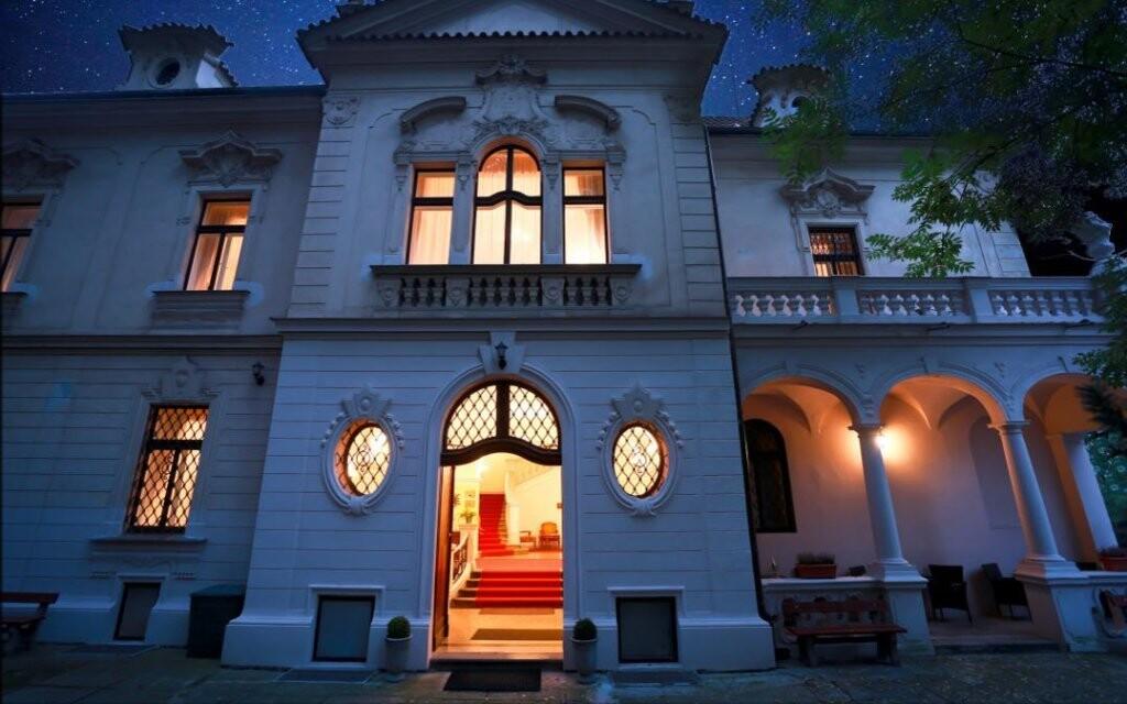 Ubytujte sa v Hoteli U Svatého Jana v centre Prahy