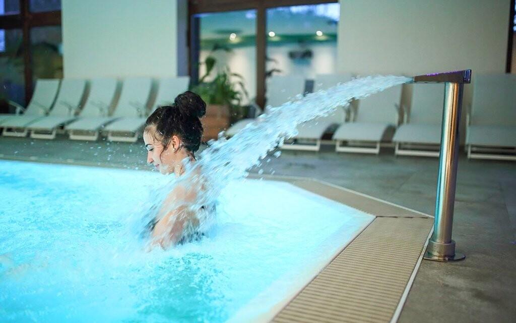 Máte neobmedzený vstup do vnútorného bazéna