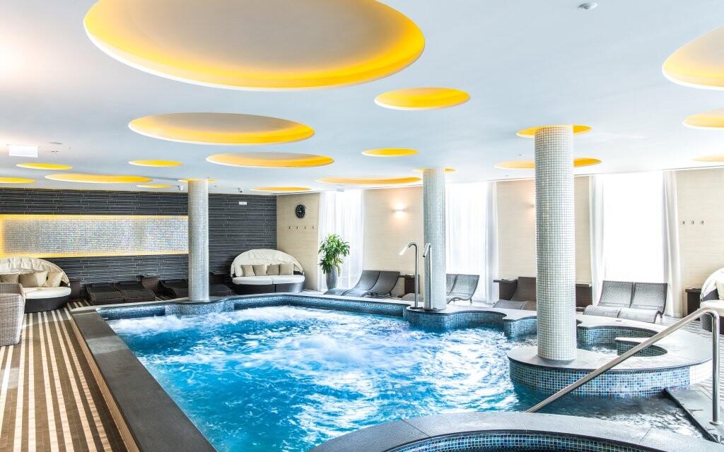 Neomezené wellness, Aura Hotel ****. Balaton, Maďarsko