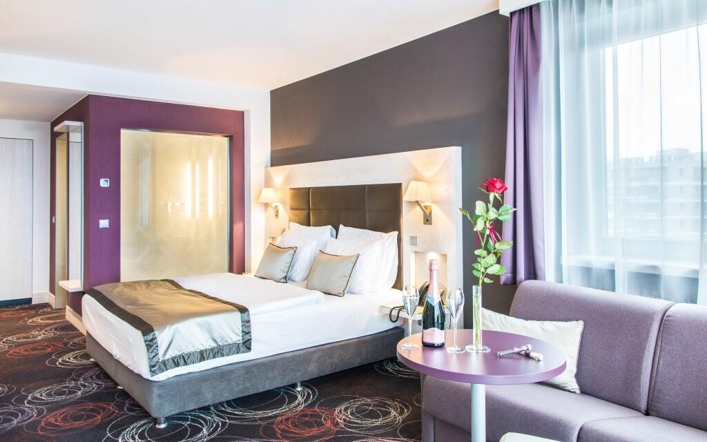 Nádherné pokoje, Aura Hotel ****, Balaton, Maďarsko