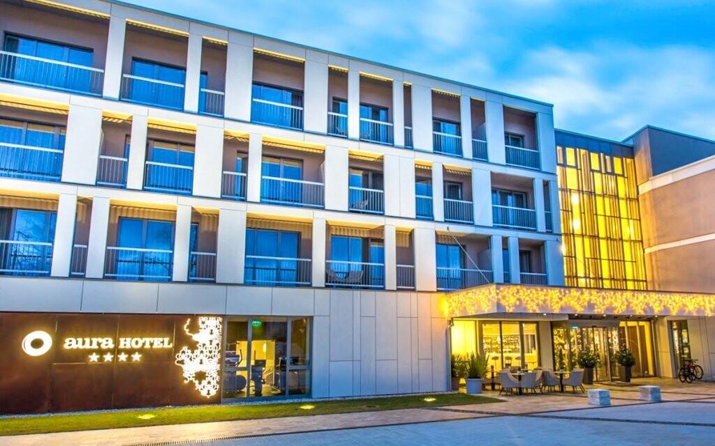 Aura Hotel **** poskytuje luxusní ubytování u Balatonu