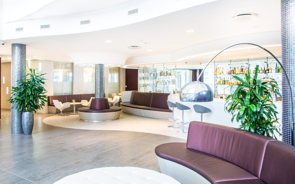 Lobby bar, interiéry, Aura Hotel ****, Balaton