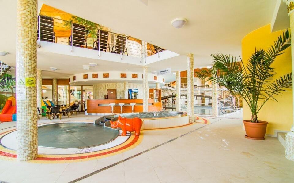 Kúpele Podhájska sú obľúbeným relaxačným miestom po celý rok