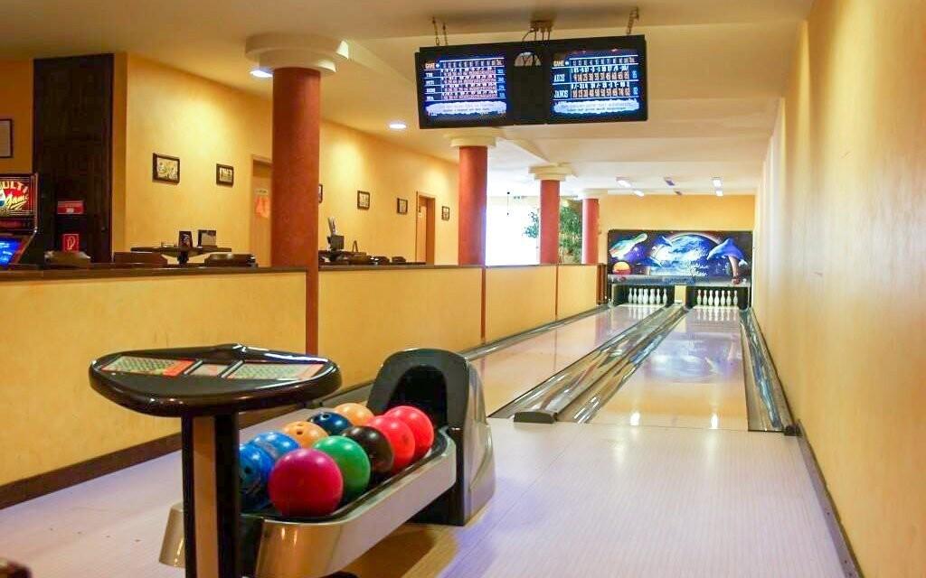 Po večerech si zahrajte bowling