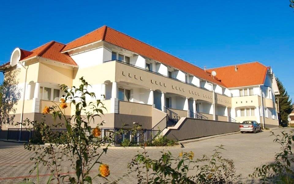 Ubytujte se v Triász Aparthotelu ***