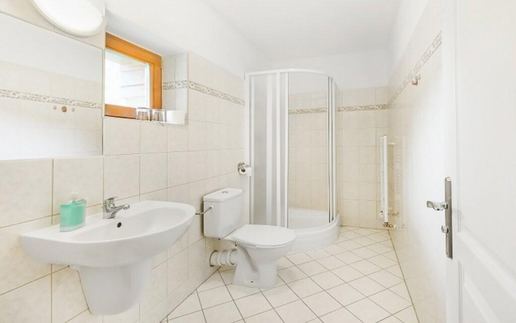 K dispozícii je samozrejme kúpeľňa