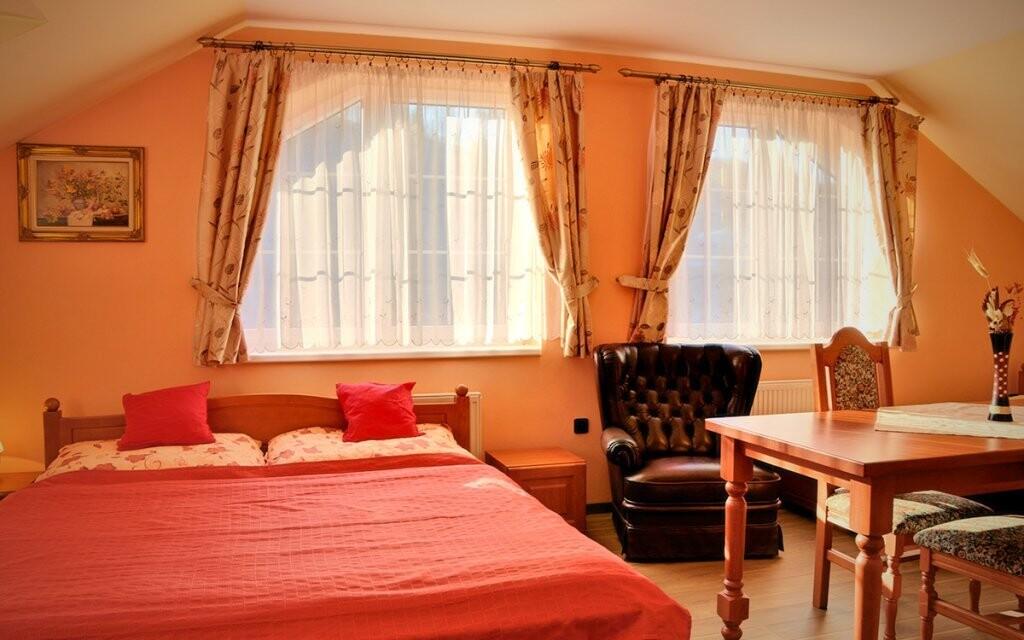 Hotelové izby sú komfortne zariadené
