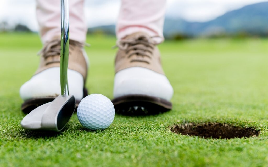 Vyzkoušíte si golf na trenažéru