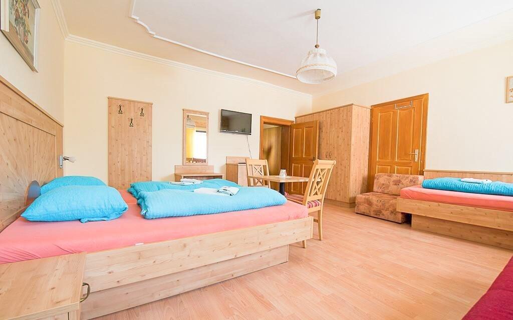 Ubytovaní budete v zrekonštruovaných izbách