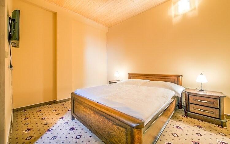 Ubytujte se v příjemných pokojích