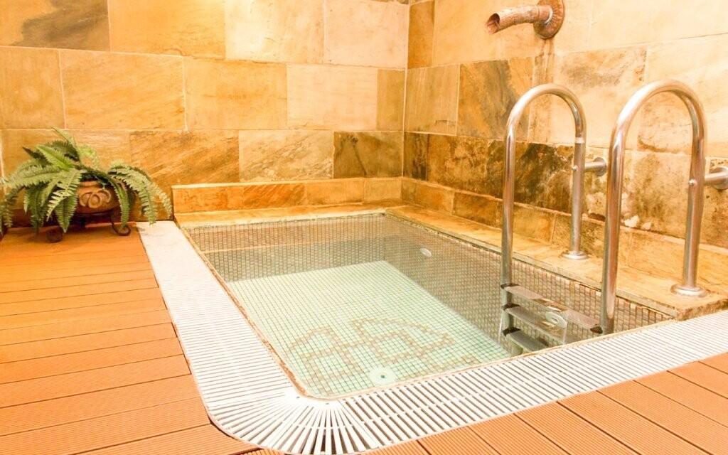 Nechybí ani ochlazovací bazének