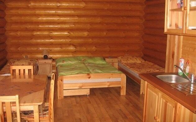Celý interiér je ze dřeva