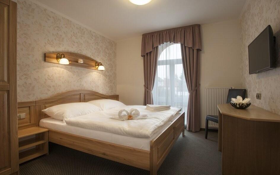Luxusně vybavené pokoje vám poskytnou dostatek pohodlí