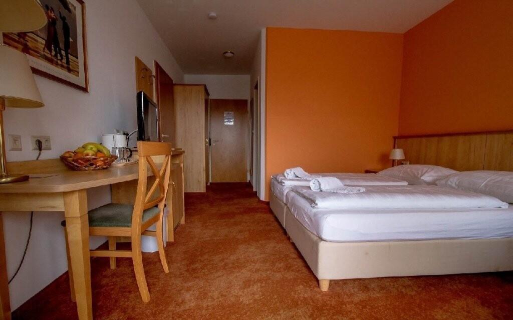 Pokoje jsou standardně vybavené
