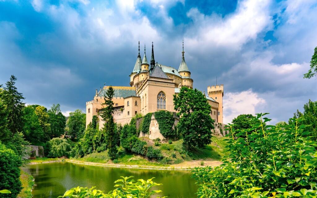 Zámok Bojnice, historické pamiatky Slovensko