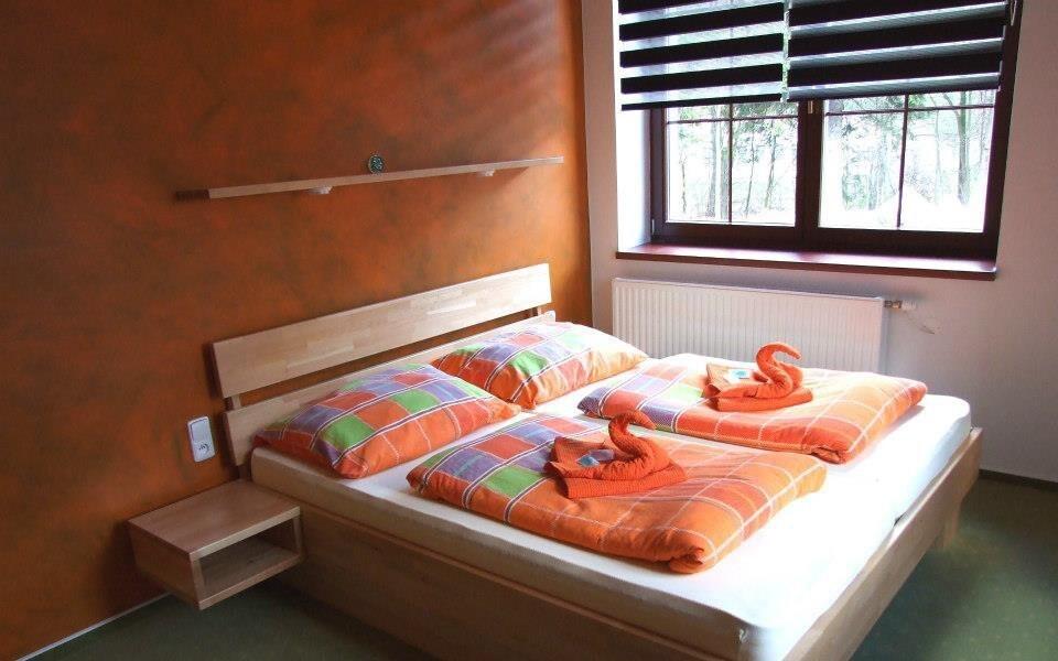 Pokoje jsou laděny do příjemných barev
