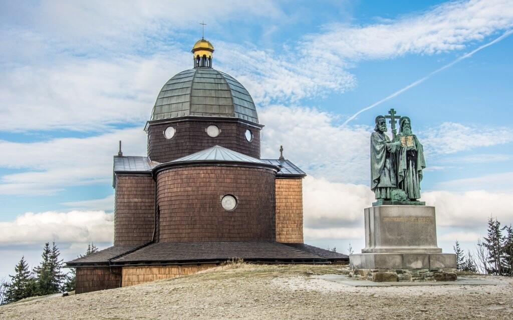 Hora Radhošť, socha Cyrila a Metoda, Beskydy
