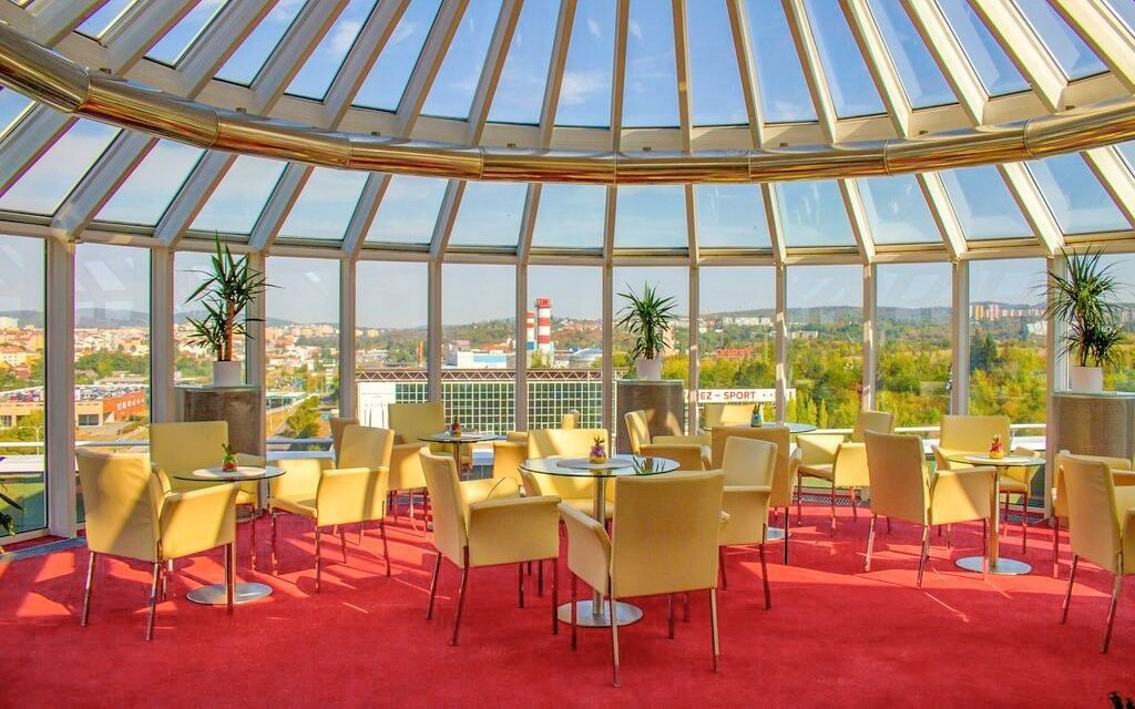 Interiéry hotelu jsou luxusní