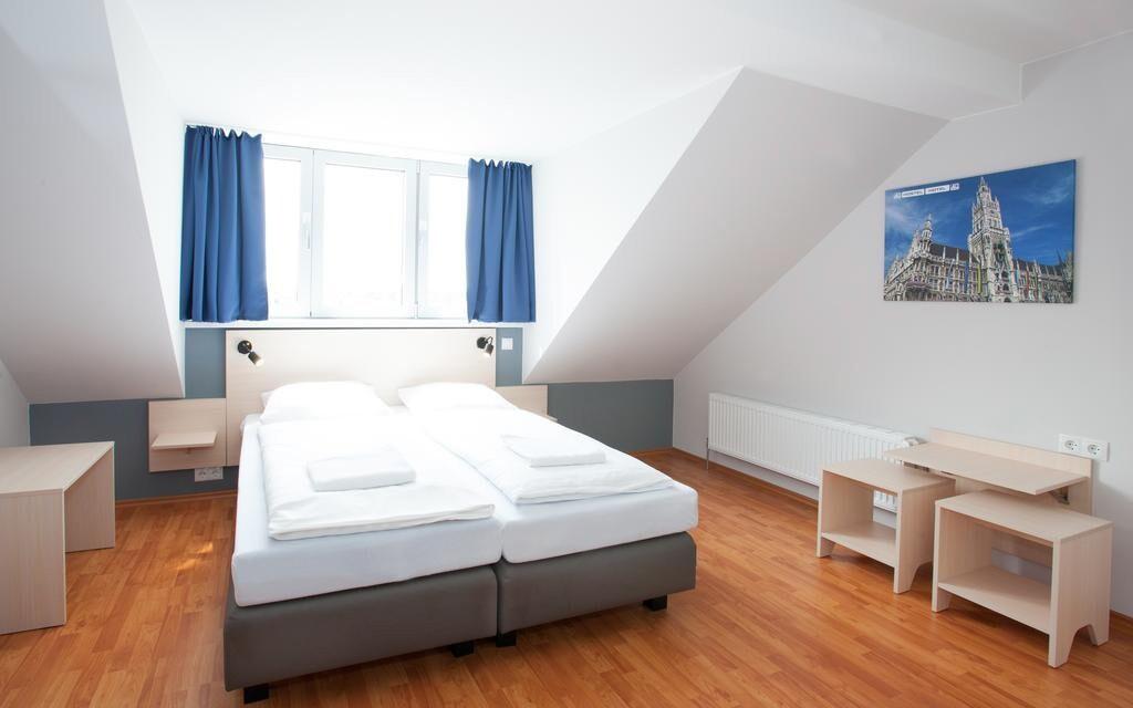 Pokoje jsou pěkně vybavené