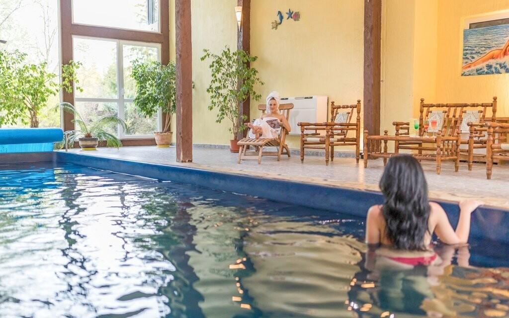 Neomezeně můžete využívat i bazénový svět