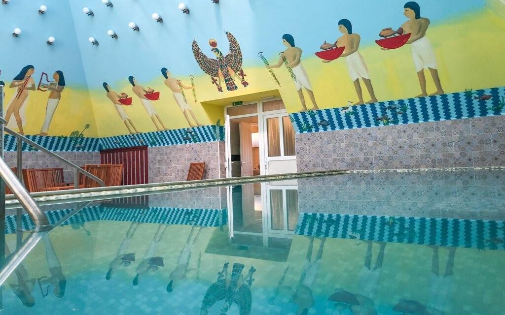 Užite si bazény s termálnou liečivou vodou