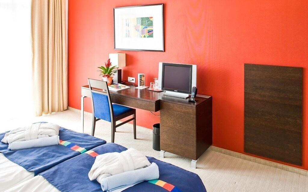 K dispozícii sú aj luxusné zrekonštruované izby