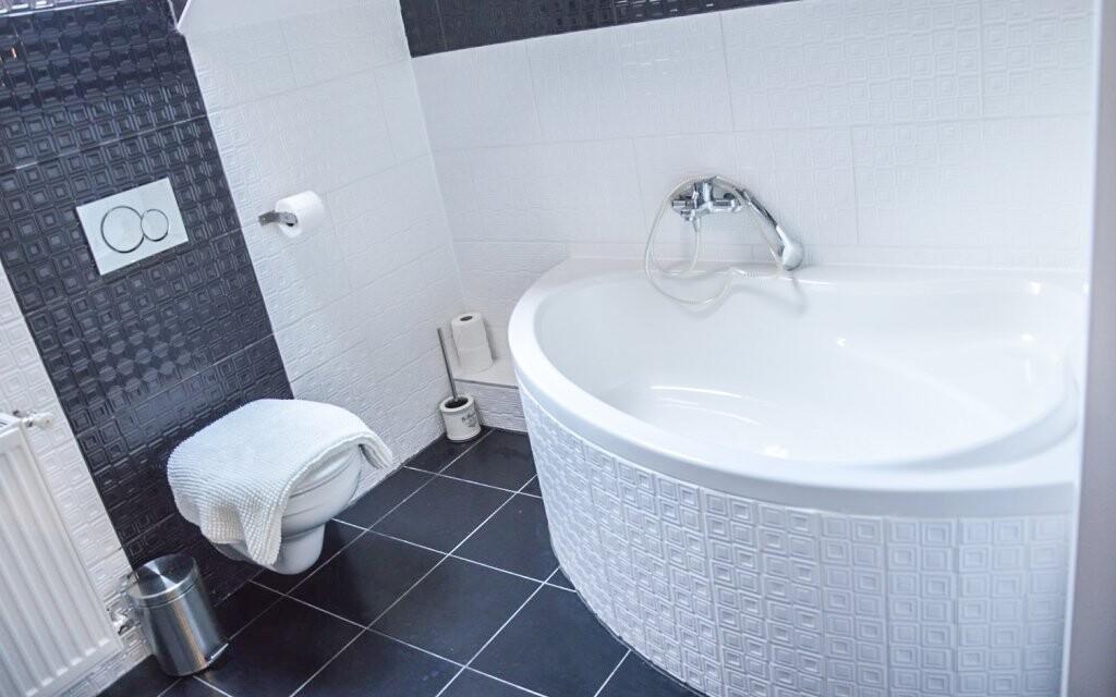 Vlastní koupelna, Sweet-Life Wellness Apartments