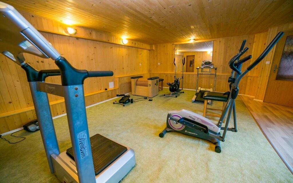 Zajít si můžete i do fitness centra