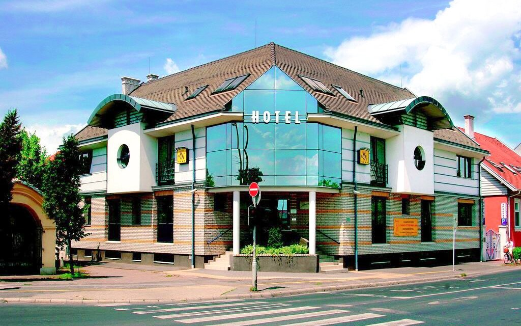 Hotel Kálvária **** blízko lázní Györ, Maďarsko