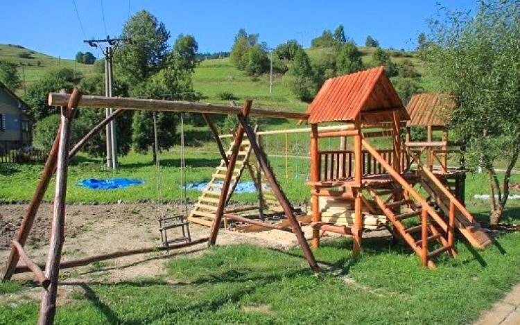 Dětské hřiště, Zázrivský dvor, Malá Fatra, Slovensko