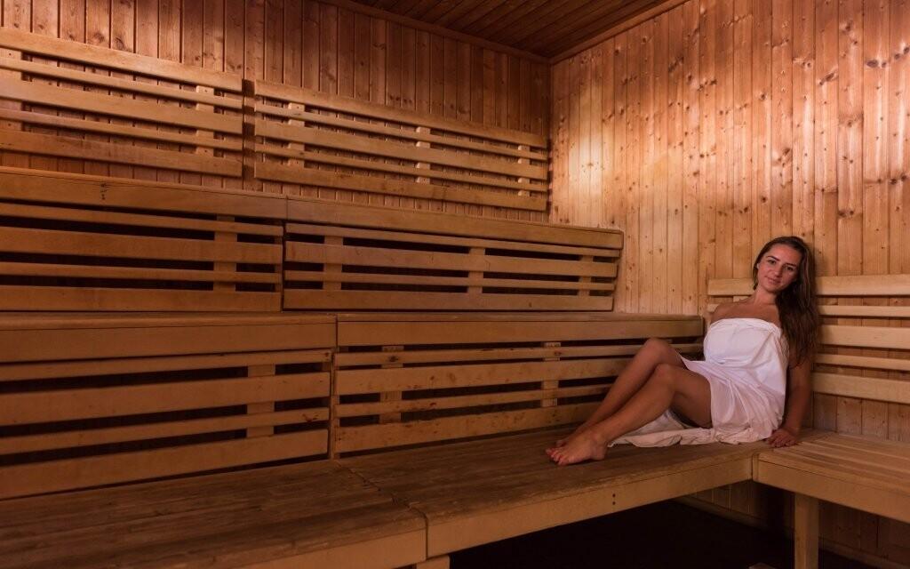 V sauně si skvěle odpočinete