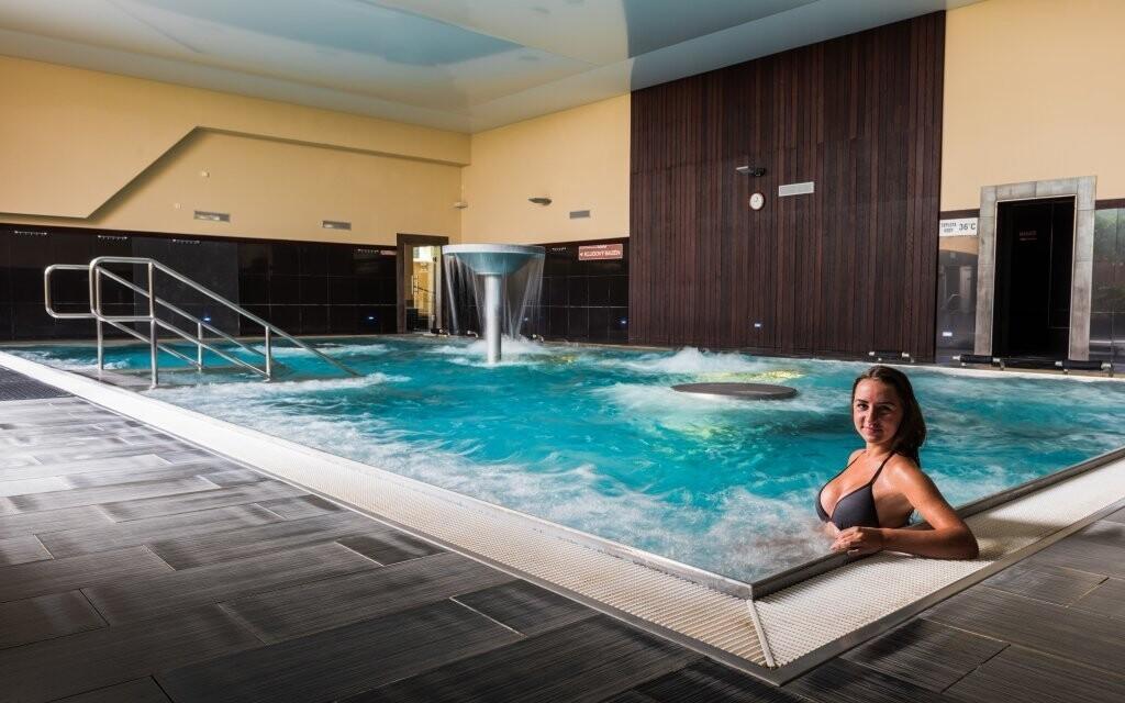 Tešte sa na hodiny strávené relaxom v termálnych bazénoch
