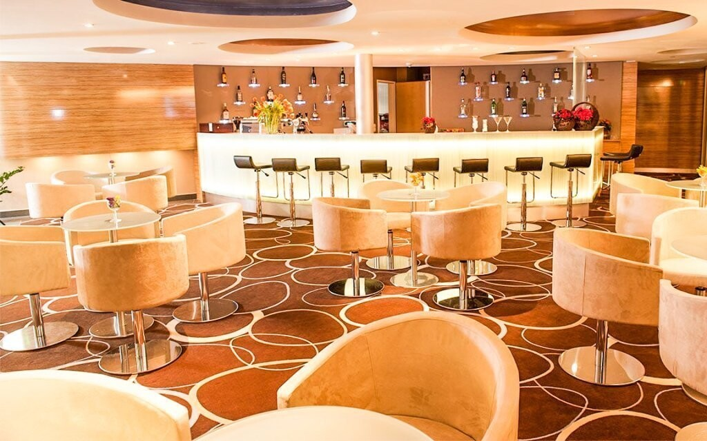 V hoteli narazíte na niekoľko barov