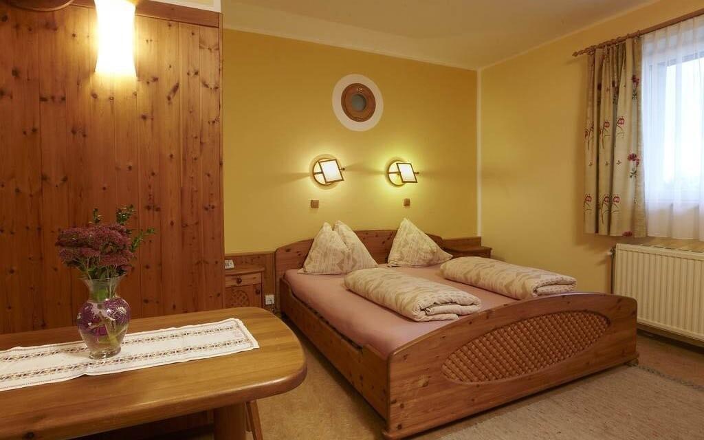 Stylové ubytování v hotelu Biolandhaus Arche