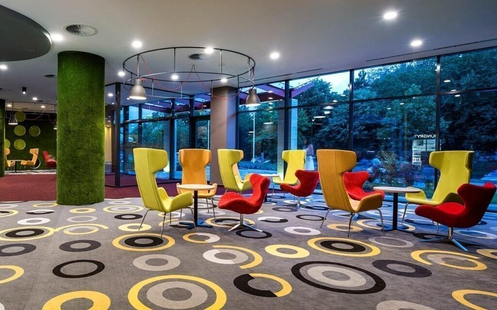 Jaké je synonymum pro hotelové interiéry? Luxus