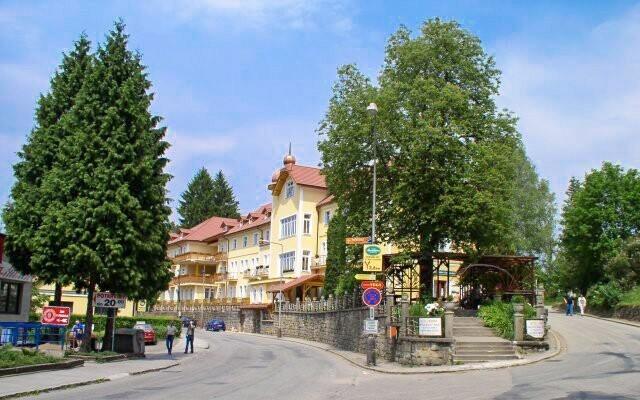 Lázeňský léčebný dům Praha vám zajistí i pitnou kúru